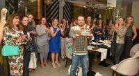 O agitador social Alex Ferrer reuniu na última quinta-feira (14), no Restaurante Selenza 47, em Balneário Camboriú um pequeno grupo de amigas para comemorar a chegada de seus 41 anos. […]